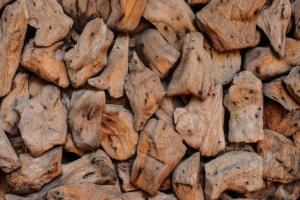 Hickory-zum-raeuchern-im-tischraeucherofen